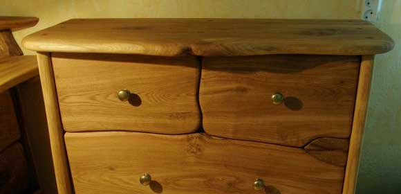 Dresser-580